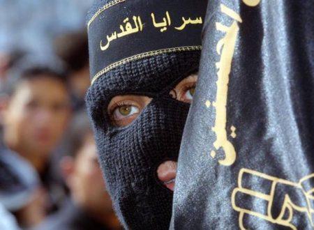 Giovani e convertiti, chi sono i 50 italiani dell'Isis