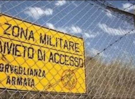 Sardegna, il lato oscuro di un paradiso: è l'isola più militarizzata d'Europa