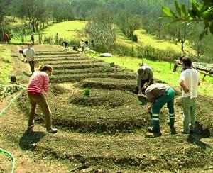 Ecovillaggi_2-e1456658896855-300x244