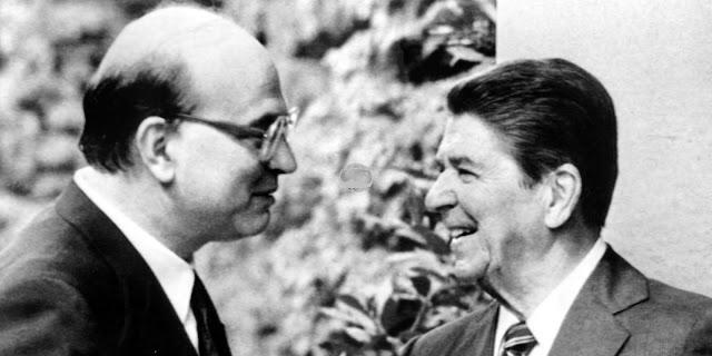 Bettino Craxi, presidente del Consiglio con Ronald Reagan, presidente USA nel 1985