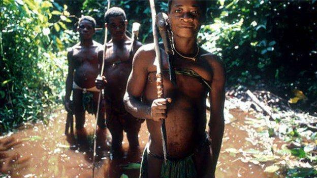 indigeni-baka