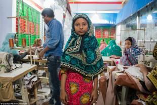 IN BANGLADESH LAVORANO 1 MILIONI DI BAMBINI TRA I 10 E I 14 ANNI