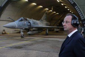 L'Occidente non vuole la pace in Siria: le Figaro svela il piano criminale di Hollande
