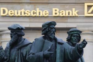 """PER DEUTSCHE BANK L'ITALIA DEVE RIFORMARE """"TAGLIANDO PENSIONI, SCUOLA, SERVIZI E SANITA""""' OPPURE DEVE LASCIARE L'EURO"""