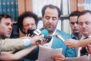 """Di Pietro: """"Eravamo arrivati anche al PCI, poi l'inchiesta è stata fermata dai servizi segreti deviati"""""""