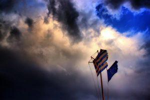 LA MORTE DELLA GRECIA: GLI AVVOLTOI E I TRADITORI DELLA PATRIA