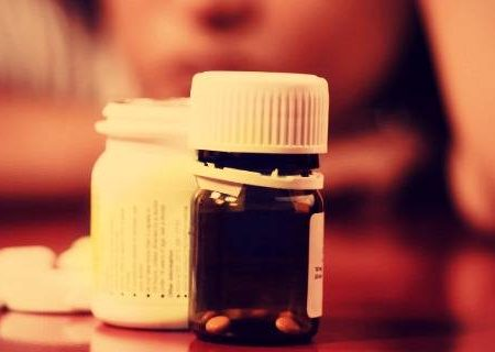 """Medici: """"Gli antidepressivi possono essere dannosi per il cervello e non risolvere la depressione"""""""