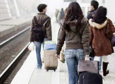 L'emigrazione svuota il Sud Italia, ma non importa a nessuno